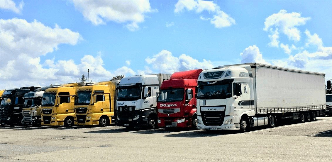 Read more about the article 5 Advantages of Using Driver Recruitment Services